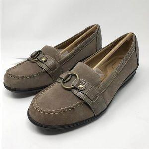 SOUL Naturalizer Womens Wendi Loafer Flat